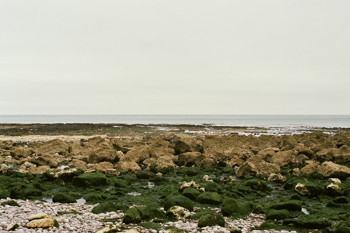 fragments_-the-french-west-coast-by-hannelore-veelaert-for-au-pays-des-merveilles-25