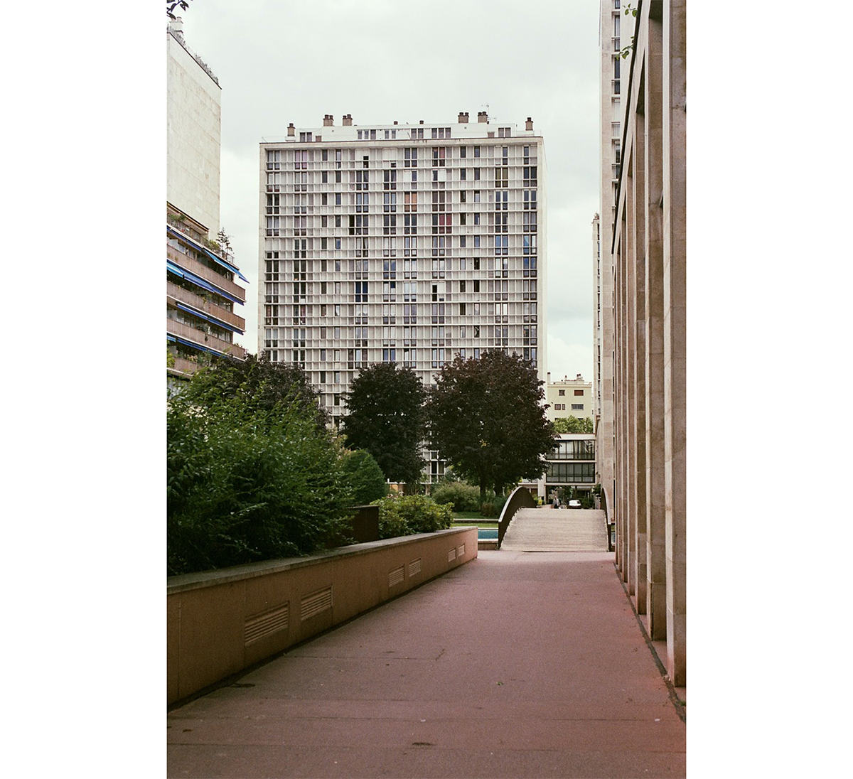 fragments_-le-point-du-jour-hannelore-veelaert-au-pays-des-merveilles-5
