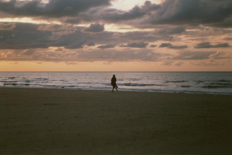 fragments of the belgian coast - by hannelore veelaert via au pays des merveilles-4