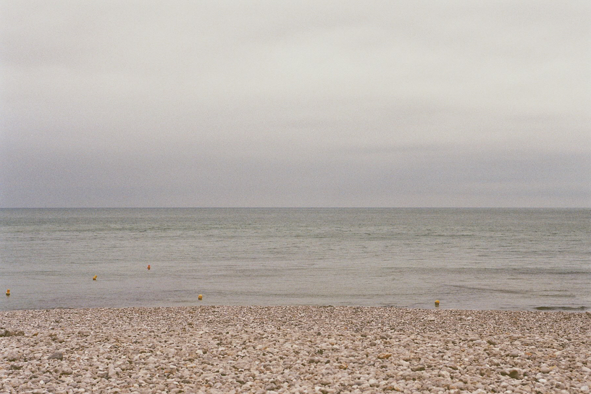 fragments_-the-french-west-coast-by-hannelore-veelaert-for-au-pays-des-merveilles-32