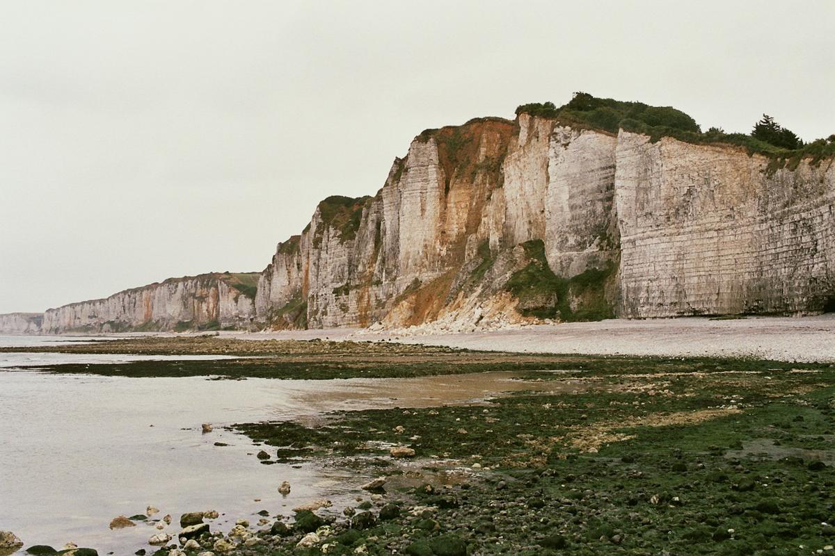 fragments_-the-french-west-coast-by-hannelore-veelaert-for-au-pays-des-merveilles-34