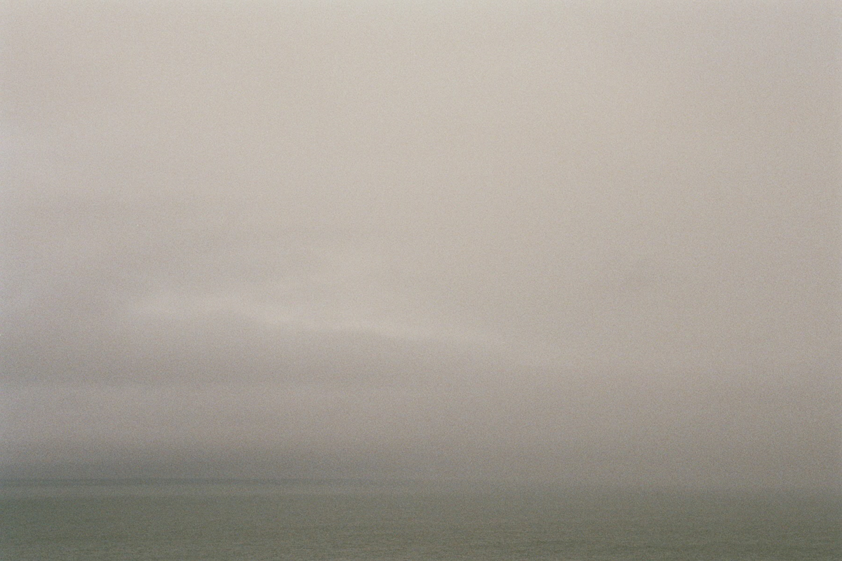 fragments_-the-french-west-coast-by-hannelore-veelaert-for-au-pays-des-merveilles-35