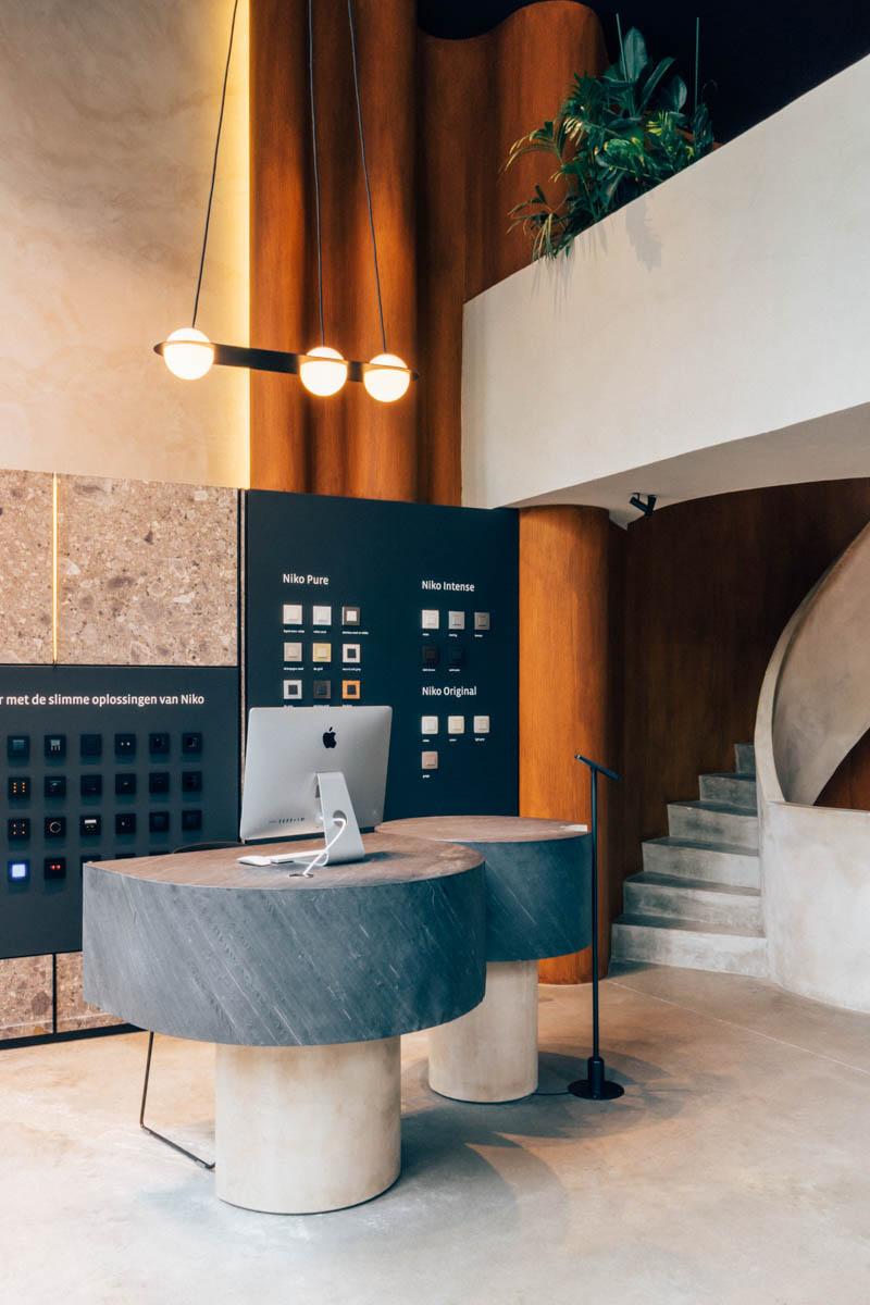 Niko Inspiration Center by Hannelore Veelaert for aupaysdesmerveillesblog.be