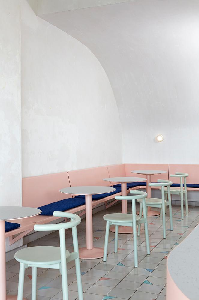 COLLECTION_ pink cafés around the world - via aupaysdesmerveillesblog - vacation café melbourne
