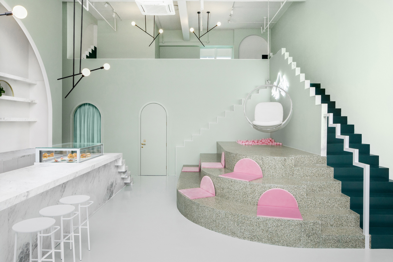 COLLECTION_ pink cafés around the world - via aupaysdesmerveillesblog - budapest café chengdu