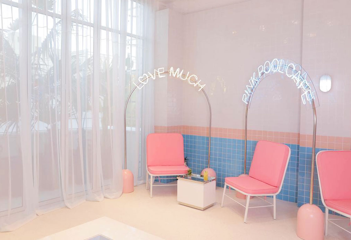 COLLECTION_ pink cafés around the world - via aupaysdesmerveillesblog - pink pool café seoul