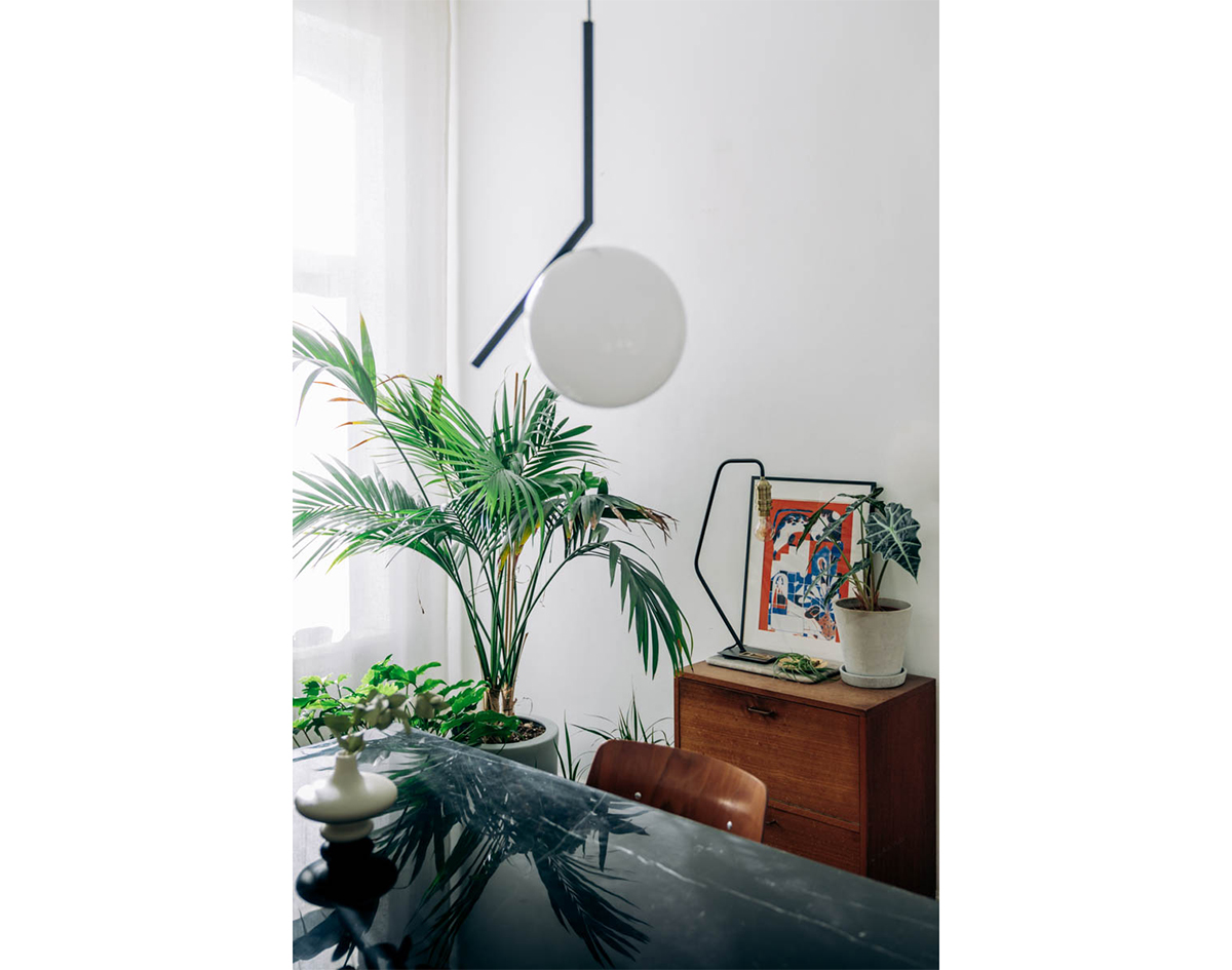 AT HOME_ dining room update with Master Meubel - Flos IC S1 - hannelore veelaert for aupaysdesmerveillesblog
